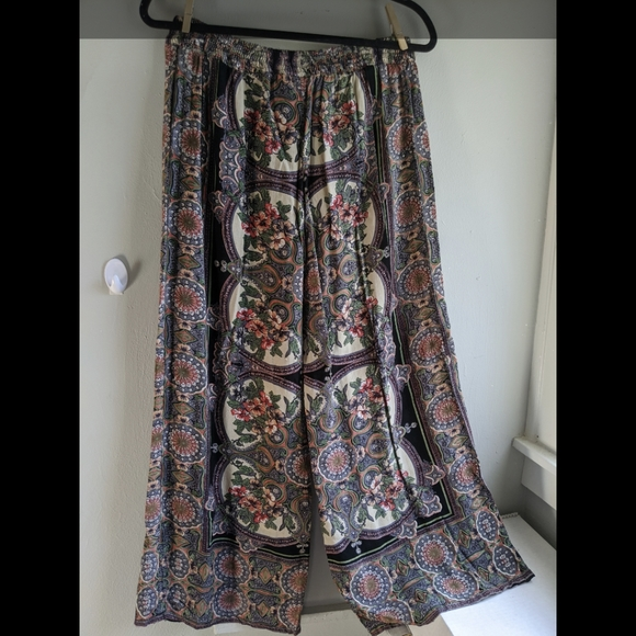 Angie Pants Jumpsuits Angie Art Deco Floral Wide Leg Palazzo Pants Poshmark